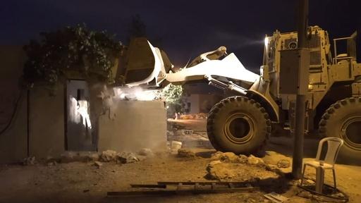 動画:イスラエル軍、パレスチナ人襲撃犯宅取り壊し 入植地で殺人