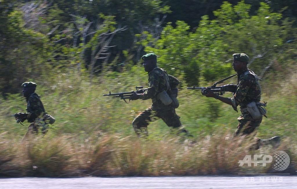 ソマリアのイスラム過激派組織、米軍とケニア軍の共用基地を攻撃