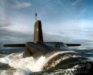 英海軍、原子力潜水艦の乗組員9人に薬物反応 除隊処分に