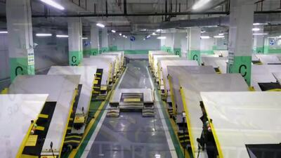 動画:平面傾斜式のスマート車庫、重慶市に登場