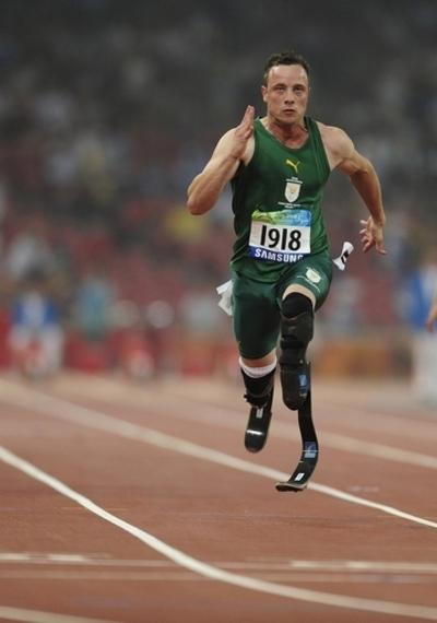 ピストリウス 大会記録で男子100メートル決勝へ