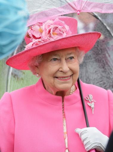 エリザベス 女王 マスク