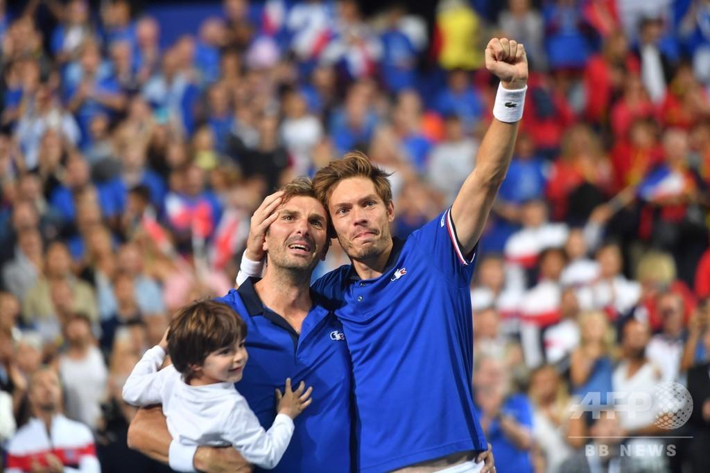 フランスが3連勝でデ杯決勝へ、米国は1勝を取り返す