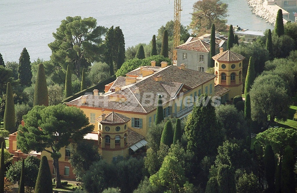 ロシア富豪プロホロフ氏、世界一の豪邸「旧ベルギー王宮」を購入