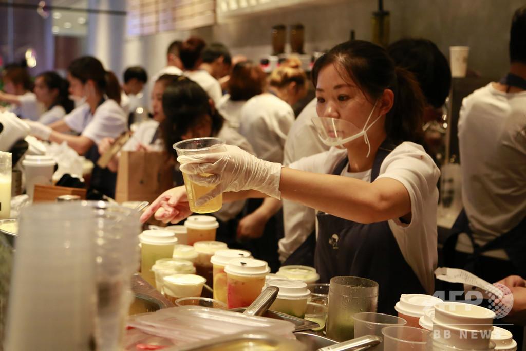1年でミルクティー店経営の3400社超が廃業、中国飲食業の共通の病