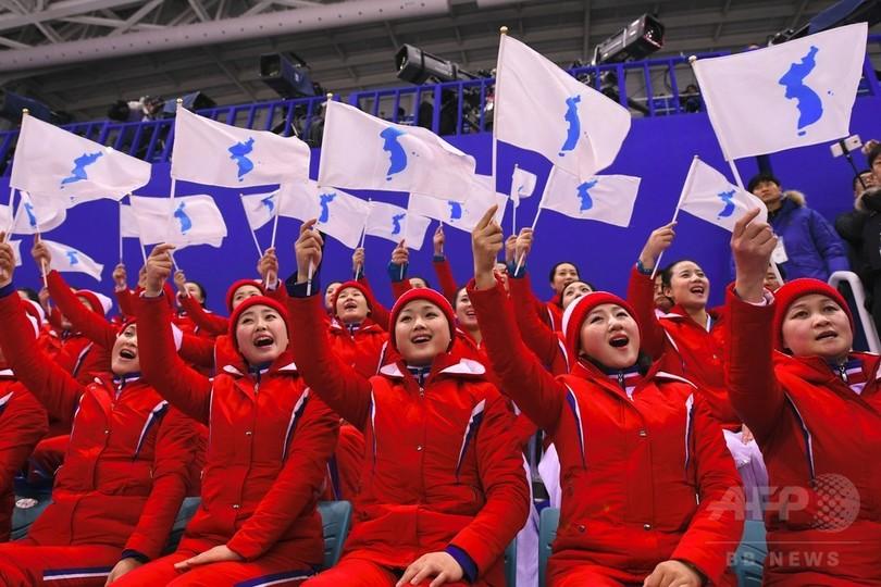北朝鮮の五輪、「外交」で金メダルも緊張緩和は続かず 分析