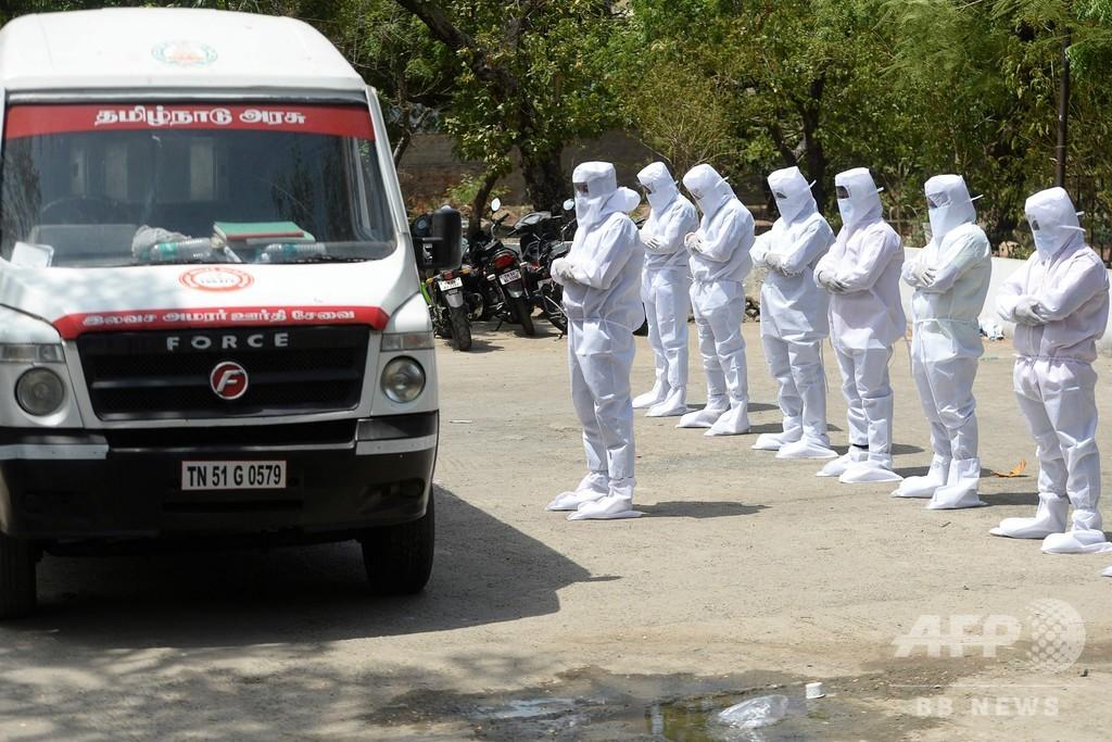 インドのコロナ感染者50万人超え、来月100万人の恐れ