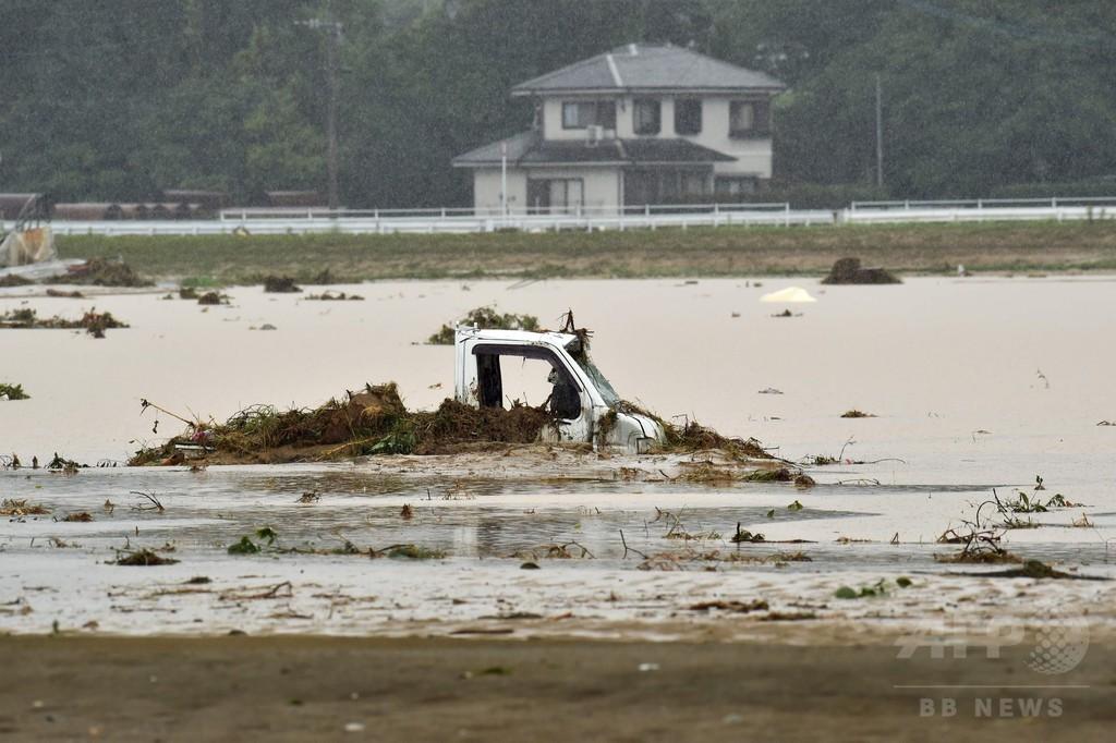 九州北部で記録的な大雨続く 2人死亡、18人不明