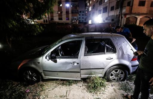 パレスチナ自治区ガザ市で爆発、警官2人死亡 現場上空に航空機なし