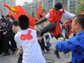 韓国の聖火リレー、親中国派が数で圧倒 現場は騒然