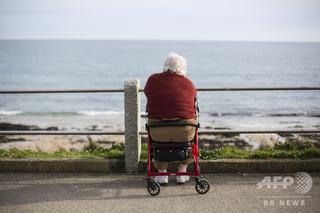 英国の平均寿命の伸び、1982年以来初めて止まる