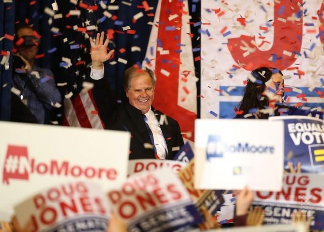 米アラバマ州の上院補選、民主候補が勝利 トランプ政権の議会運営に暗雲