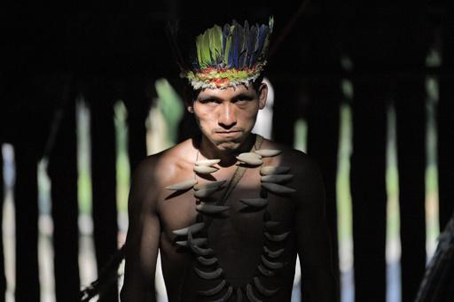 【今日の1枚】先住民の怒りと誇り、目で訴える