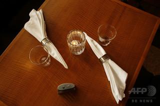 レストランの食事に大感激、チップはずんで21万円 米シカゴ