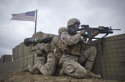 銃乱射の元海兵隊員も? 米退役軍人にまん延するPTSD