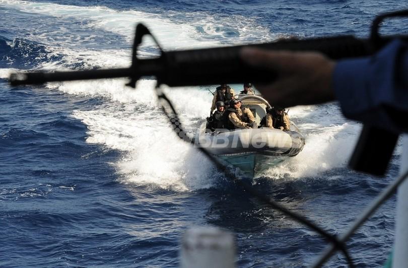 「ウクライナ貨物船の身代金は2000万ドル」、乗っ取った海賊が確認