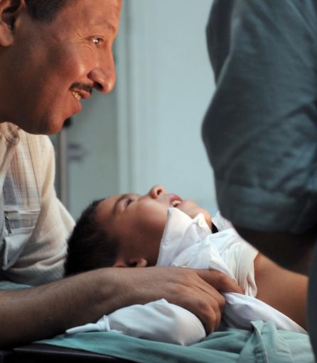 アルジェリアで男の子の集団割礼