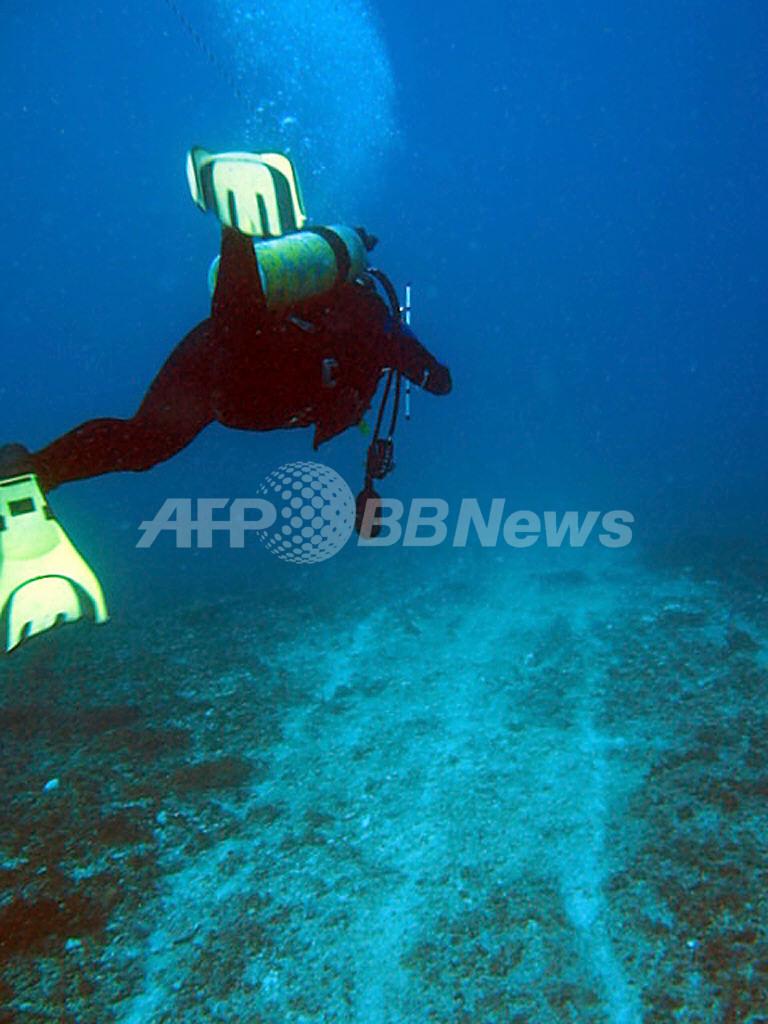 豪の中国船座礁事故、重油がウミガメなどの繁殖地に漂着