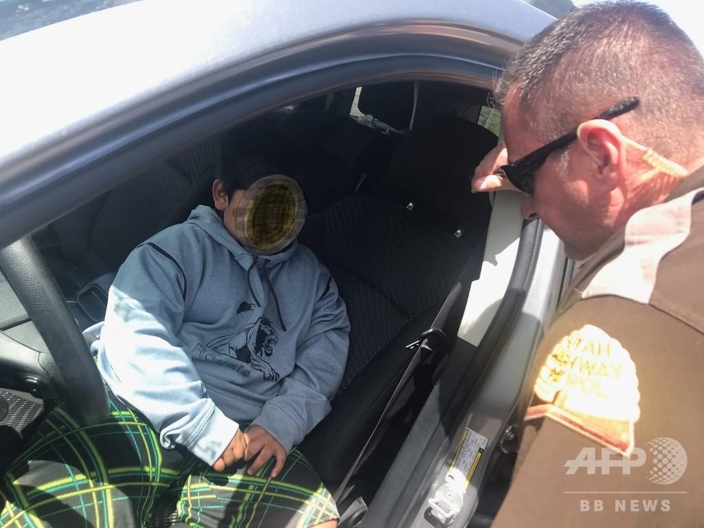 ランボルギーニを買いに米カリフォルニアへ、5歳児が高速道路でSUV運転