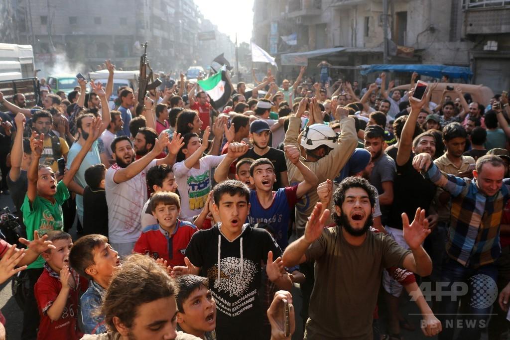 アレッポ東部の包囲破れる、シリア反体制派が猛攻 形勢逆転