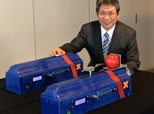 無線で「力」を送受信、慶應大が研究開発