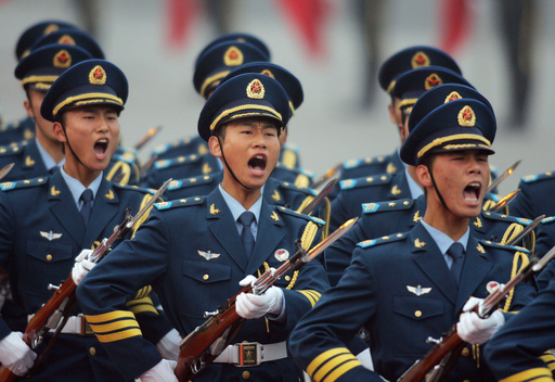 中国の09年国防費、6兆9000億円 14.9%増