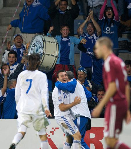 ギリシャ ラトビアに勝利