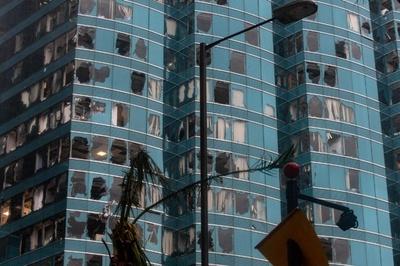 台風22号、中国本土に上陸 フィリピンの死者59人に