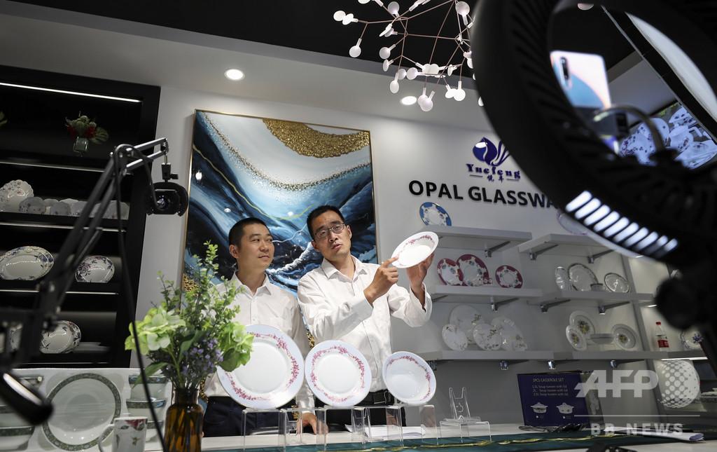 新職業に「ライブ配信販売員」などを認定、中国社会の現状を反映