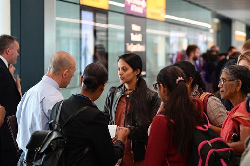 強制結婚の取り締まり強化、夏休み前に特別捜査隊が空港で職務質問 英