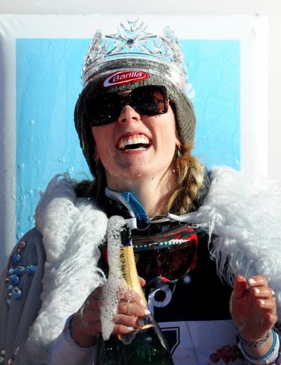 シフリンが圧巻の滑りで女子回転2勝目、アルペンスキーW杯