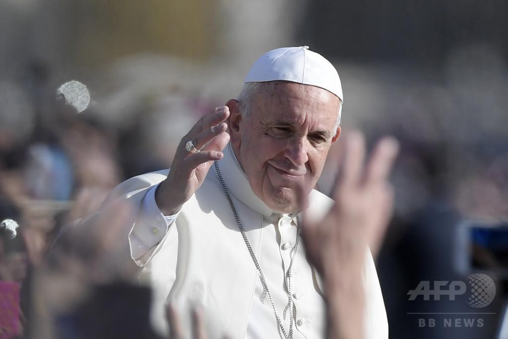 ローマ法王、中絶への司祭による「許し」 無期限で継続