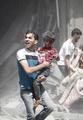 【AFP記者コラム】シリア最大の被害者は子どもたち、無数にいる「オムラン君」