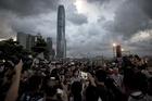 17年行政長官選挙制度で二分する香港