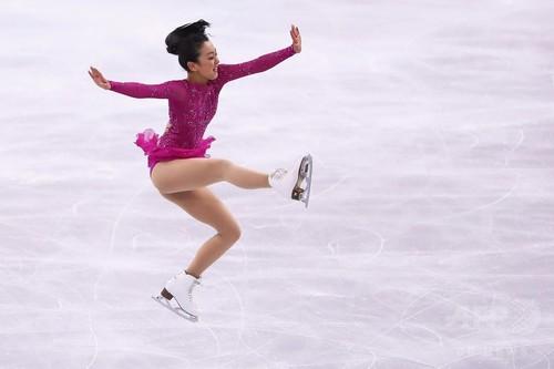 日本勢出遅れる、女子SPはゴール...