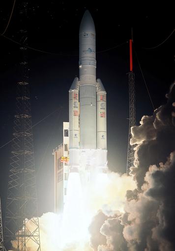 欧州宇宙機関のロケット、スカパーの通信衛星を静止軌道に投入
