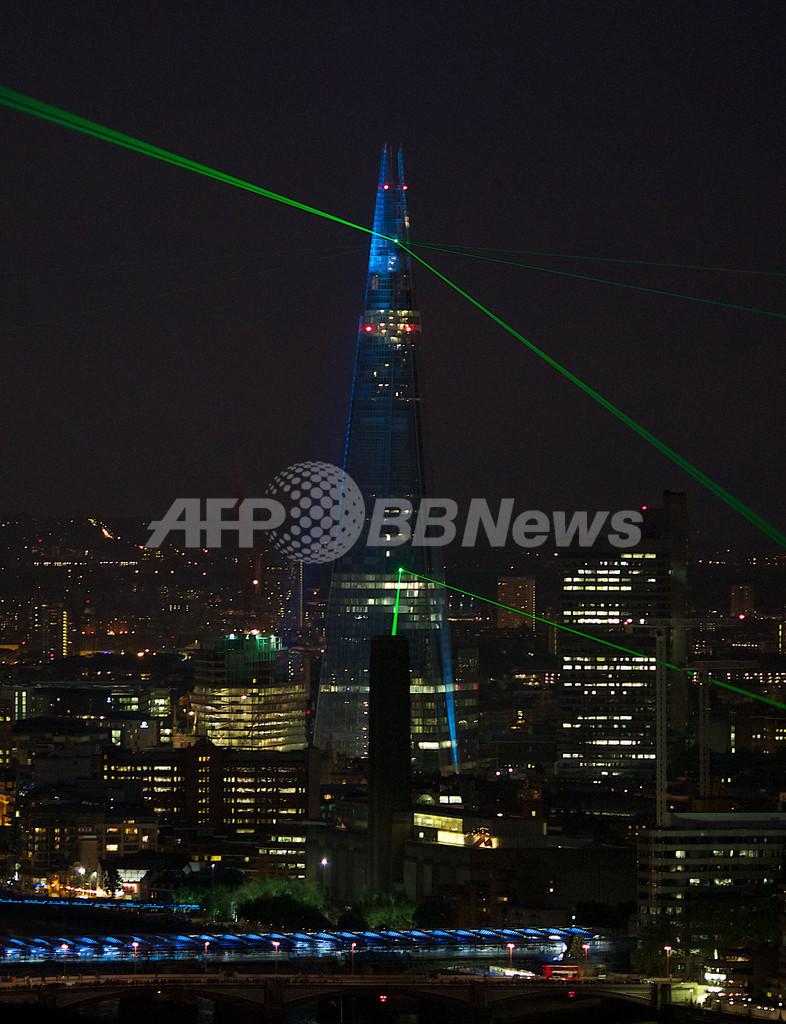 英ロンドンの新名所、欧州一の高層ビル「シャード」完成