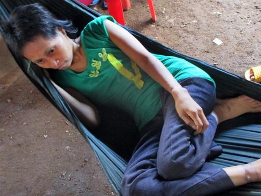 カンボジアの「ジャングル少女」、ベトナム人男性が実父と名乗り