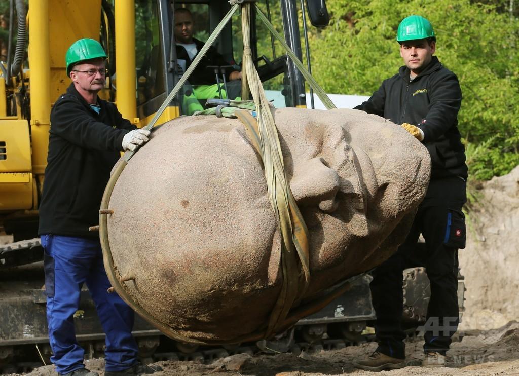 「お帰り、レーニン」 冷戦時代の像頭部、ベルリンで発掘