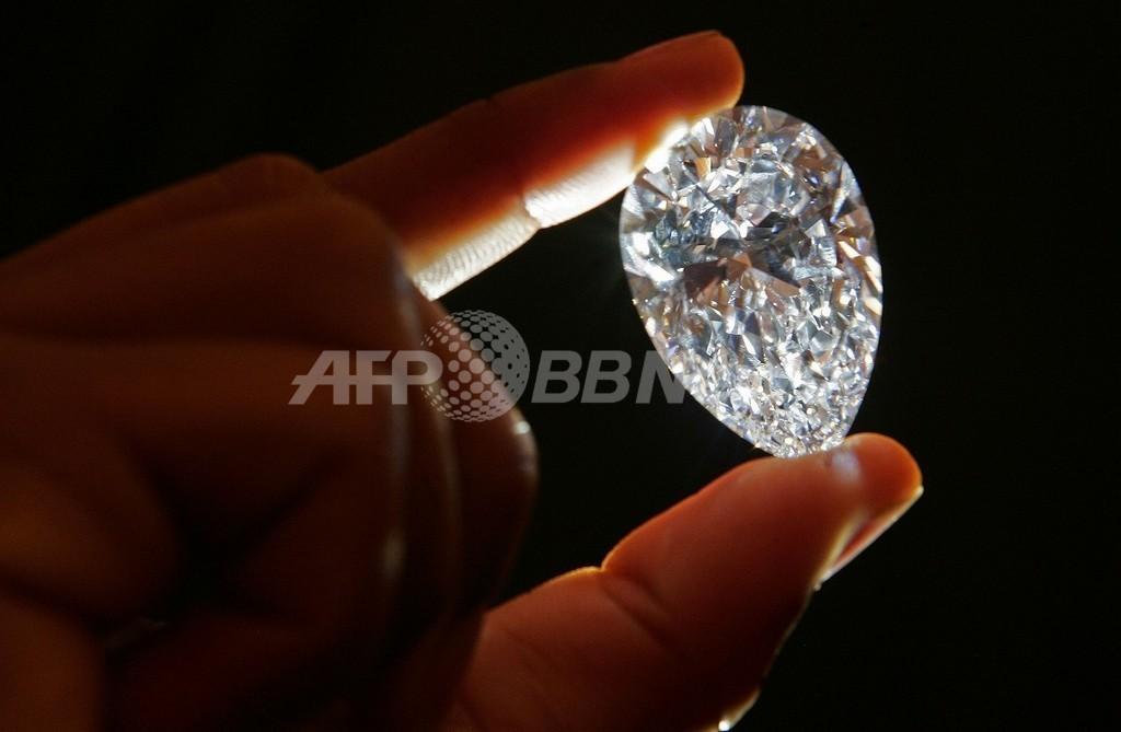 アフリカ南部のレソトで、478カラットの巨大ダイヤ原石を発見