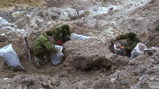 動画:建設現場からユダヤ人の遺骨1200体、戦時中に処刑 ベラルーシで埋葬式