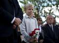 ノルウェー爆破・銃乱射、犠牲者の追悼式典行われる 容疑者は精神鑑定へ