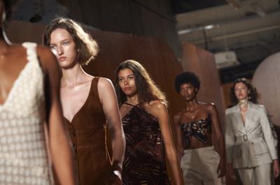 ファッションモデルの実態は借金奴隷? #MeToo後の最大のタブー
