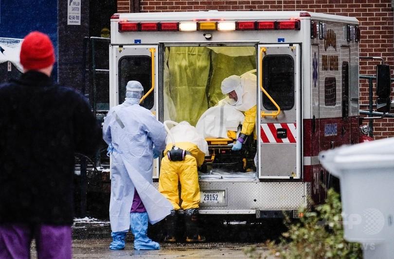 シエラレオネでエボラに感染した医師が米に到着、費用は妻が負担
