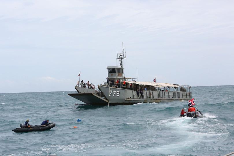中国人観光客乗せたプーケットの観光船転覆事故、最後の一人の捜索難航
