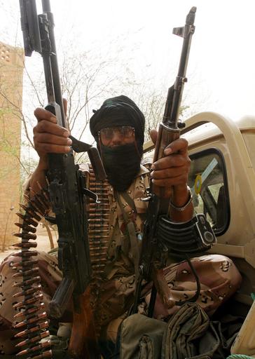 マリ共和国で反政府勢力が米軍機を銃撃