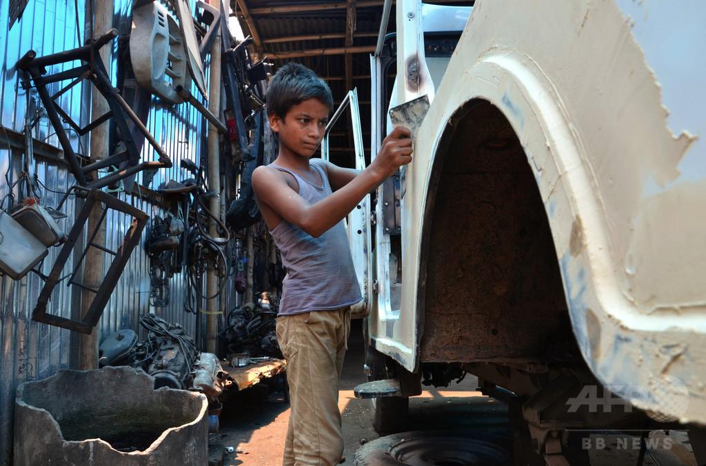 児童労働を一部認める法案可決 インド