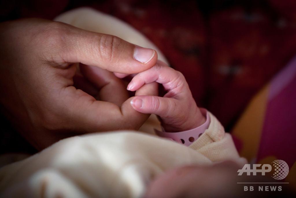 父親が高齢ほど新生児の健康リスク上昇、米研究