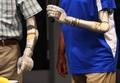 最先端の義肢「ルーク・アーム」販売へ 米国防総省開発