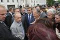 プーチン首相、ペン放り出して財閥社長を震え上がらせる